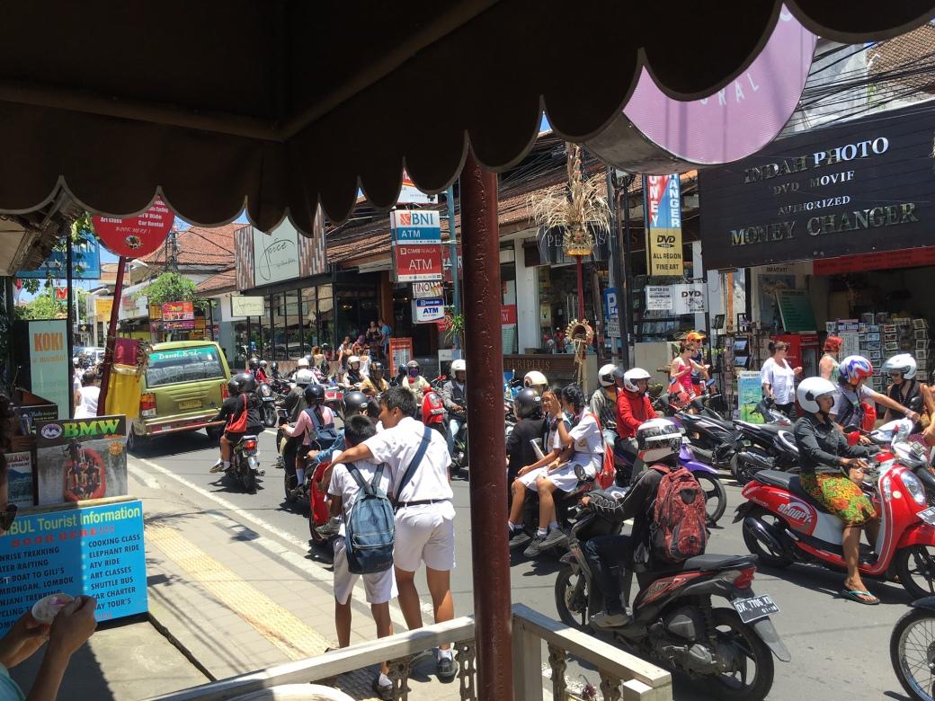 bali_ubud_traffic_oct2016