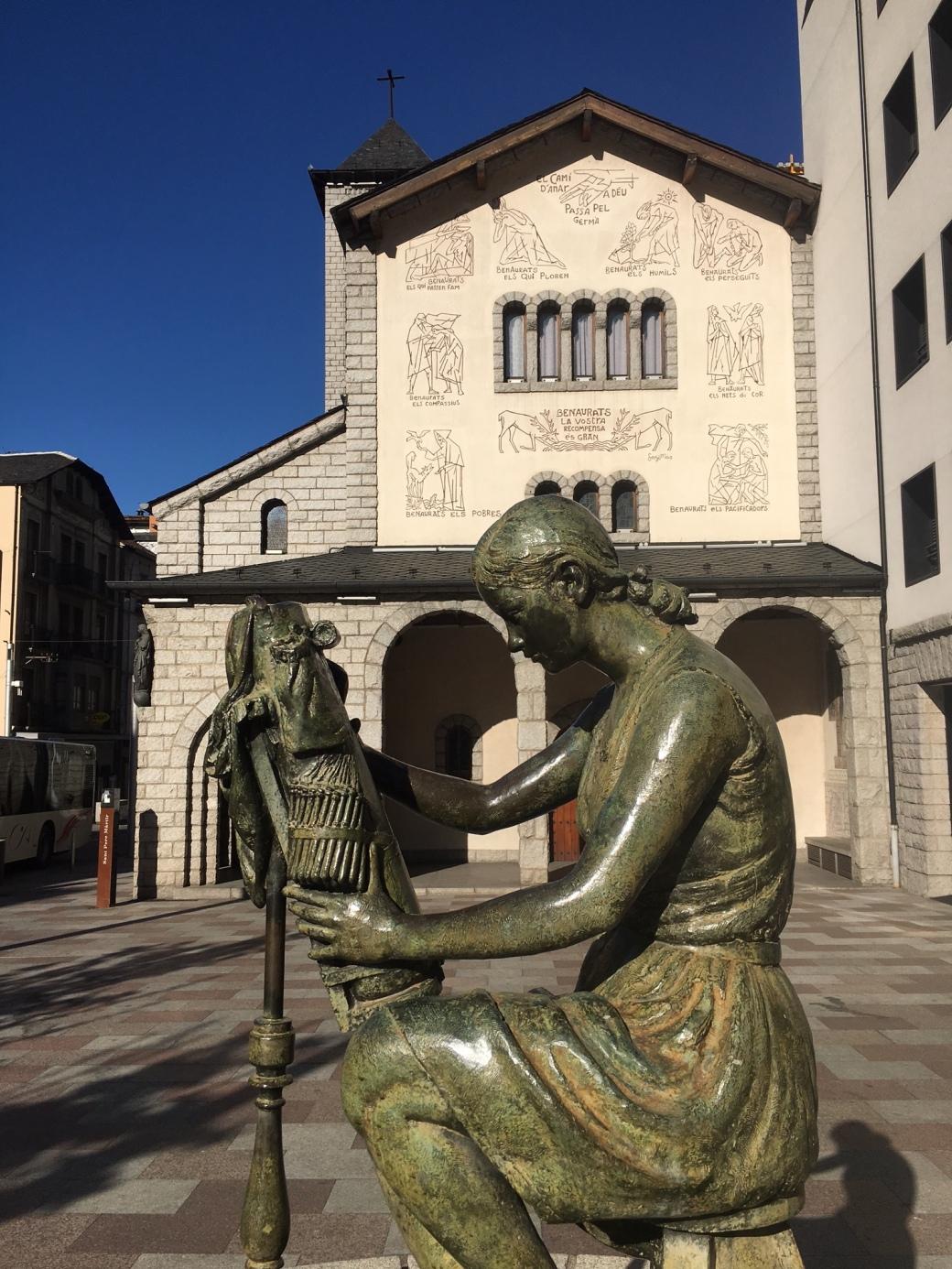 Andorra_FirstStatue
