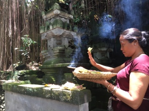 Bali Ubud offering 1 Oct 2016